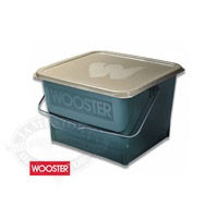Wooster 4-Gallon Paint Bucket with Lid