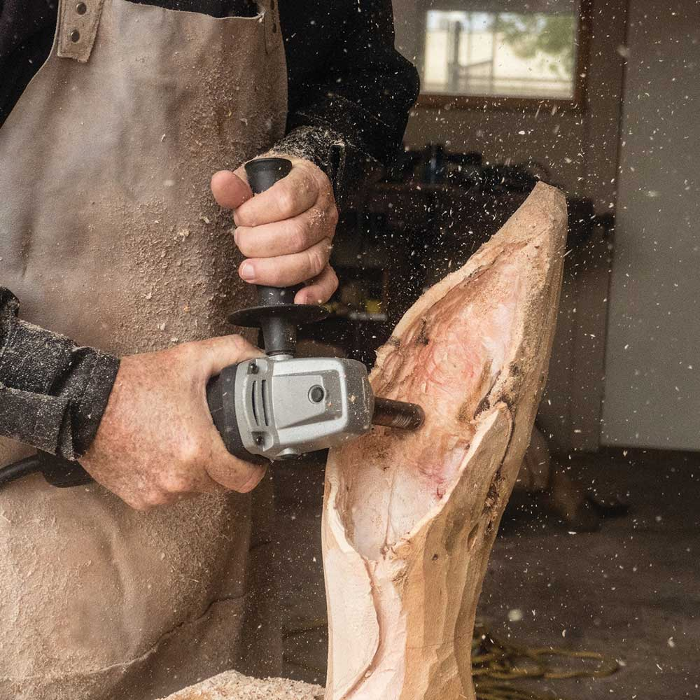 Using the Turbo Shaft to drill precisely into wood timber